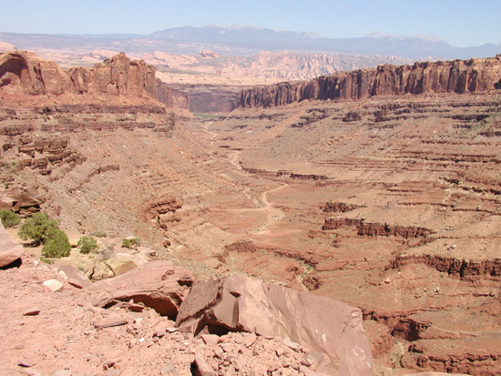 Does Long Canyon go to Canyonlands National Park